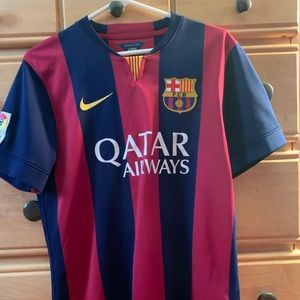 youth XL messi jersey fits like adult small